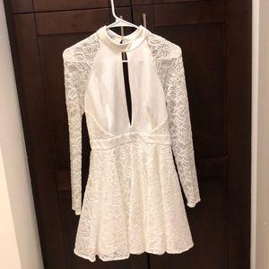 Bebe long sleeve white dress size:S